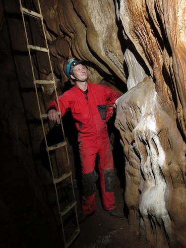 jeskyně Pasca, objev v Tisovci