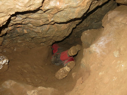 jeskyně Dagmar, Propast pod Kaplí, tzv. Rakev